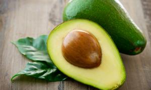 Что такое авокадо и с чем его едят?