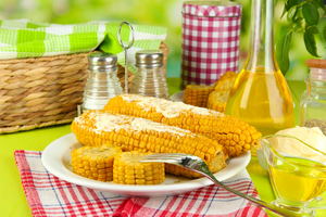 Какими витаминами кукуруза обогащает организм